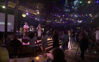 Аутентик с лайв видео от концерта им в Кино Кабана